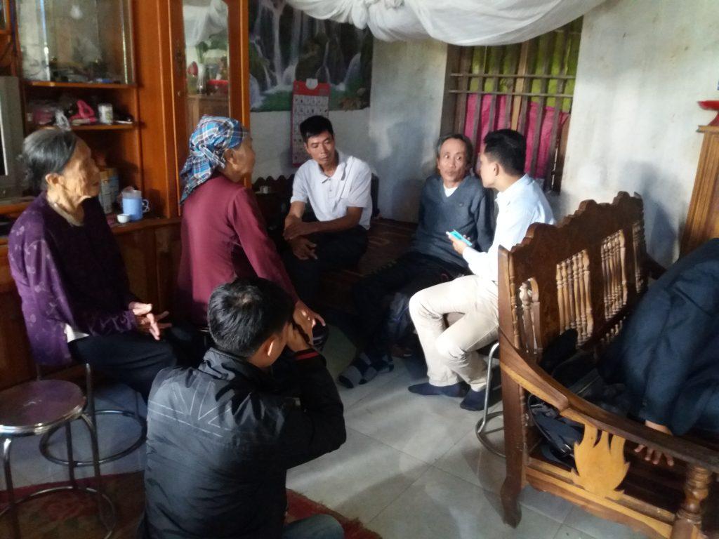 Sáng hôm 21/12/2016 rất đông báo chí về thăm và đưa tin ông Hàn Đức Long được trả tự do.